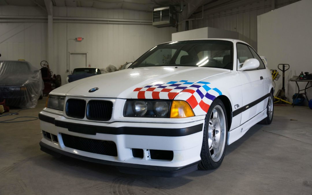 1995 BMW M3 Lightweight now LIVE on Bring a Trailer